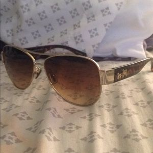 NWOT coach aviator sunglasses